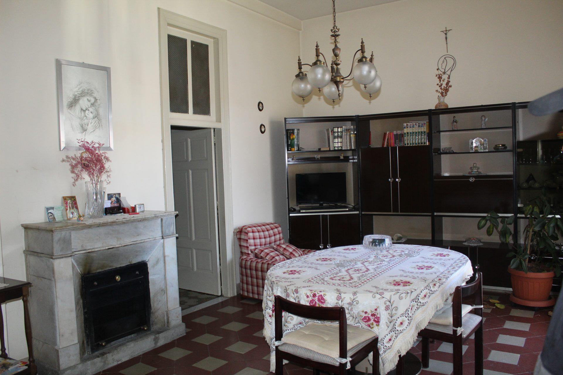 In Palazzina Bifamiliare Appartamento Al 1 Piano Di 95 Mq Mondo Casa